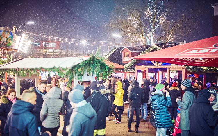 Weihnachtsmarkt Barmbek / Foto Ronja Hartmann